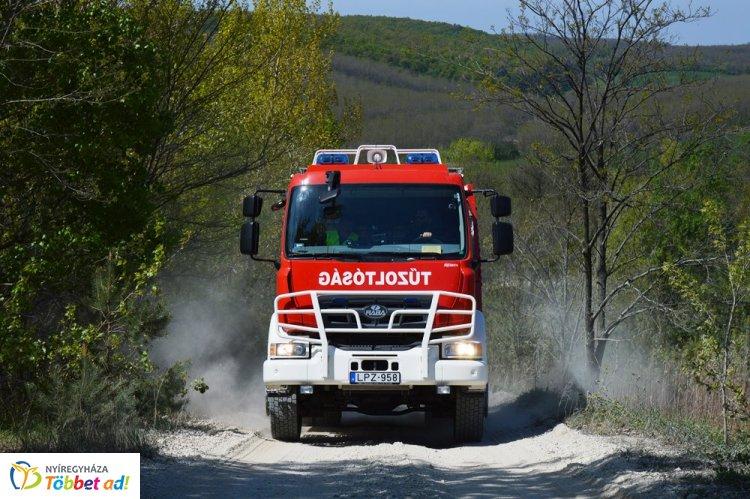 Csütörtökön négyszer vonultak a Szabolcs-Szatmár-Bereg megye tűzoltói vegetációs tűzhöz