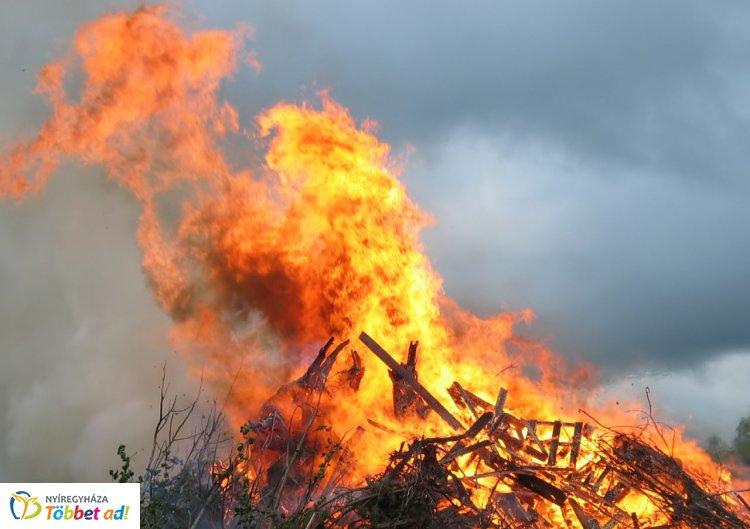 A mai naptól ismét országos tűzgyújtási tilalom lépett életbe