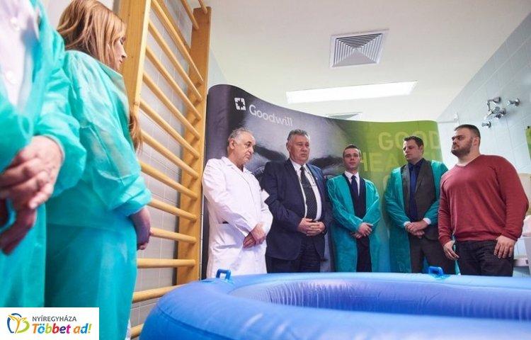 Nyíregyházán van az első szülő medence a vidéki kórházak közül