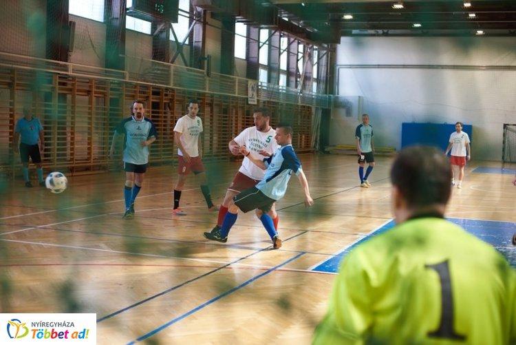 XXI. Paragrafus Kupa - Célja a sport népszerűsítése és a baráti kapcsolatok ápolása