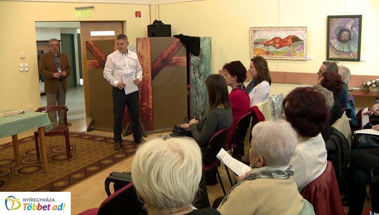 Vigyázat, csalók! – Rendszeresen tartanak előadásokat a megyében minden korosztály számára