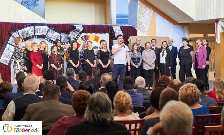 50 év a Wesselényiben – Divatbemutatóval indult az évfordulós ünnepség