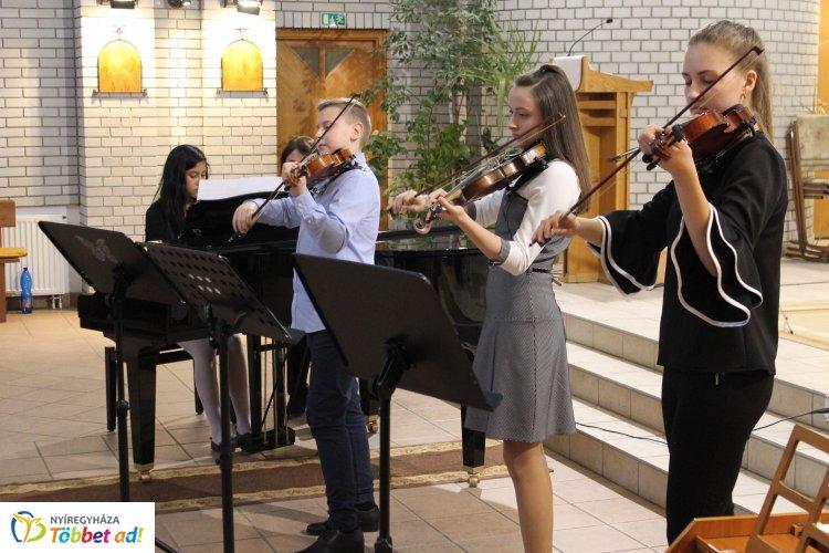 Szent Imre Zenei Találkozó és Verseny  – 15 zeneiskolából érkeztek versenyzők