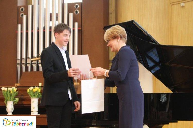 Így telt a XV. Országos Zongoraverseny döntője március utolsó hétvégéjén a Vikárban