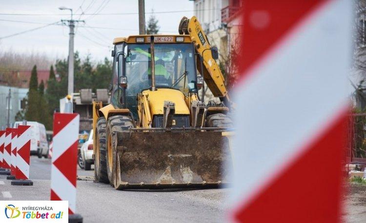 Folyamatosan újulnak a nyíregyházi utak – Itt számíthatnak lezárásokra!