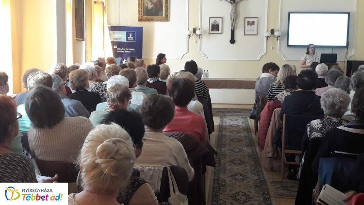 Dr. Beleznay Gyöngyike volt az Idősek Akadémiája találkozójának legutóbbi vendége