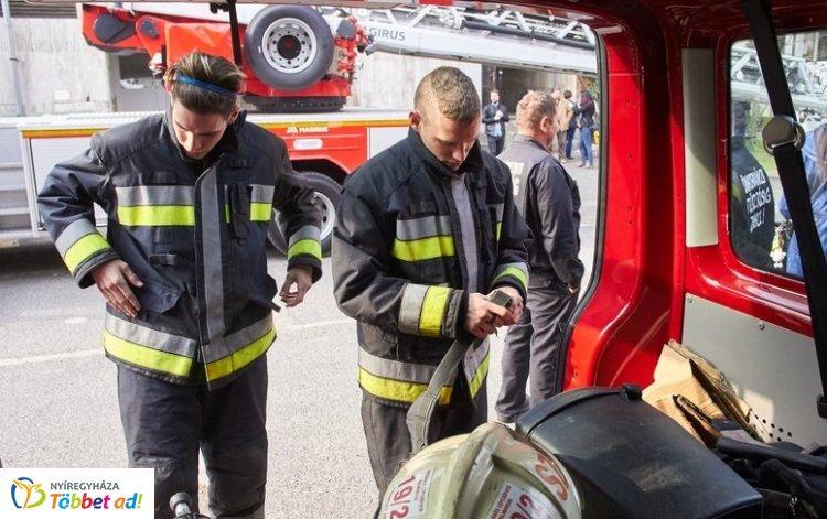9 emelet – Lépcsőfutó versenyt szervezett a Megyei Katasztrófavédelmi Igazgatóság