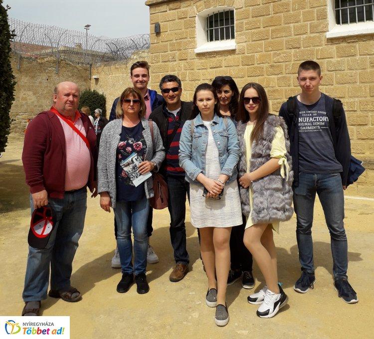 """""""Business Without Borders"""" Erasmus+ projekt keretében rövid távú diákcsere Ciprusban"""