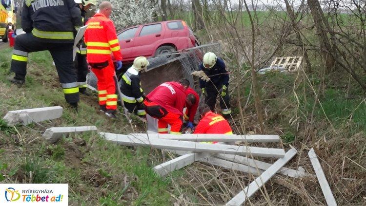 Kerékpárost ütött el egy személygépkocsi a Kemecsei úton, Bodóhegynél