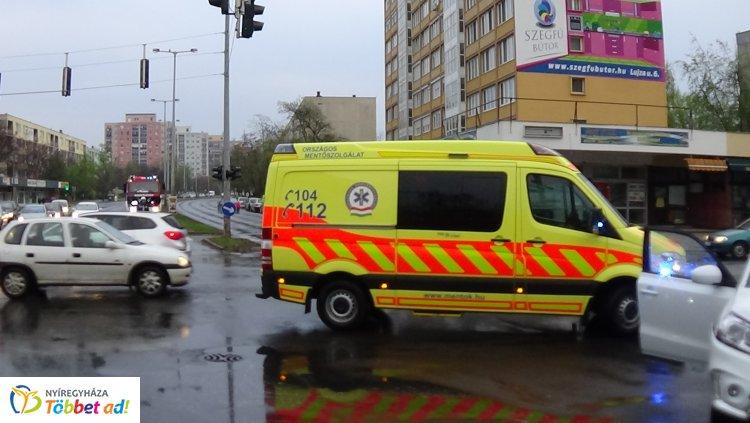 Baleset történt szombaton a Ferenc körút – Erdő sor csomópontjánál