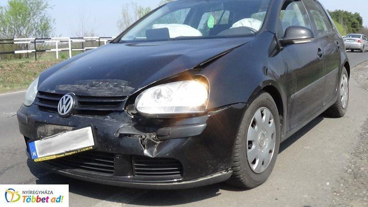 Hármas karambol Nyírturánál – Jelentős az anyagi kár mindhárom járműben