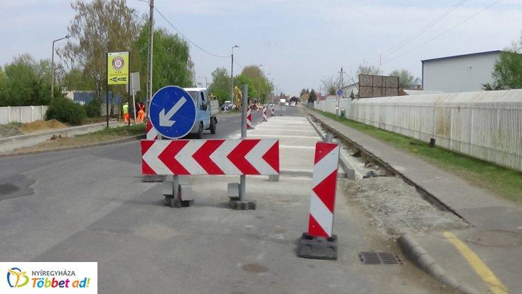 Ideiglenesen áthelyezték a Tünde utcán található buszmegállót, itt vannak a részletek!