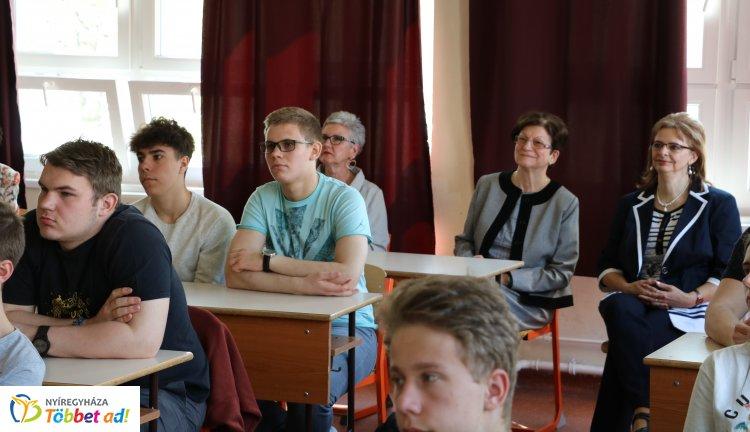 Nyelvvizsgás referencia iskola lett a nyíregyházi Szent Imre Gimnázium