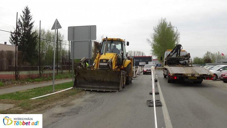 További forgalomkorlátozások a Derkovits utcán – Épül a csapadékelvezető rendszer