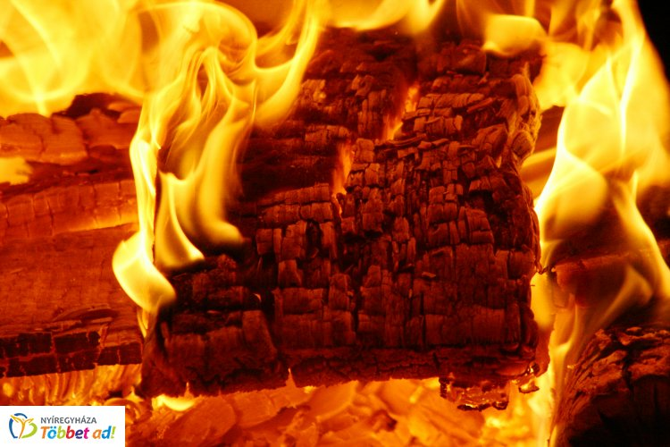 Felrobbant egy ház Gávavencsellőn - A házban egy ember tartózkodott