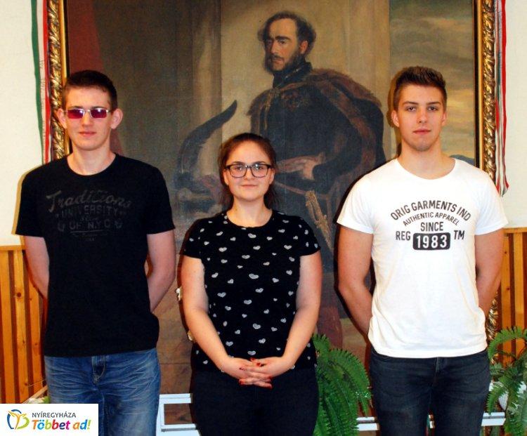 Programozásból is szép siker a Széchenyiben – Büszkék az eredményre!