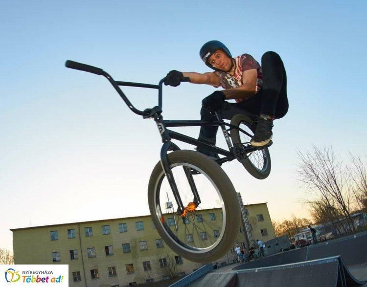 Extrém sportok Nyíregyházán - BMX, falmászás és rollerverseny is lesz a hétvégén