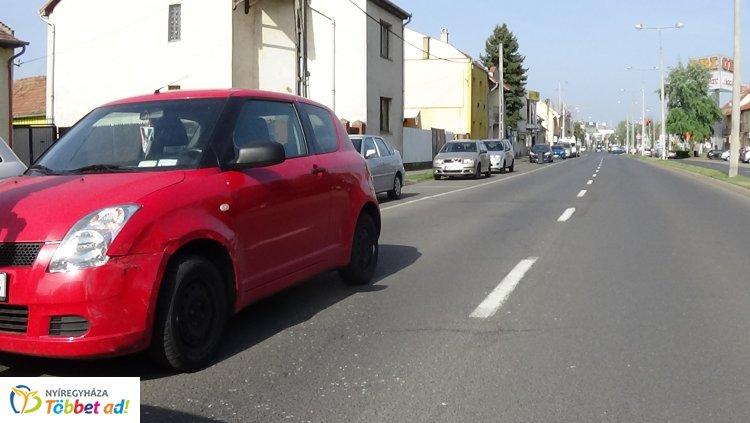 Karambol a Szegfű utcán – Figyelmetlenség okozta a balesetet