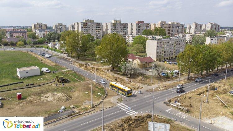 Újabb útfelújítások – Gyorsul a közlekedés Nyíregyháza és Oros között