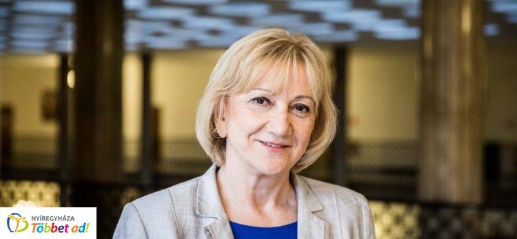 Schmuck Erzsébet a május 26-ai EP-választásról is beszélt sajtótájékoztatóján
