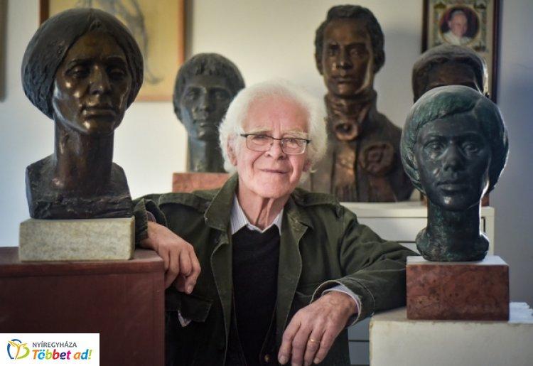Elhunyt Tóth Sándor - Az első élő magyar művész, aki önálló tárlatra kapott lehetőséget