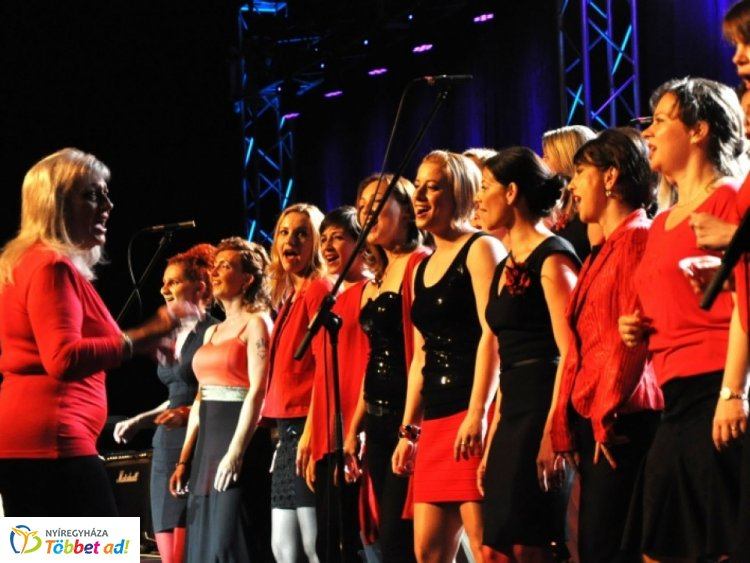 A ZIG-Singers koncertje nyitja a Szabadtéri Színpad idei programsorozatát