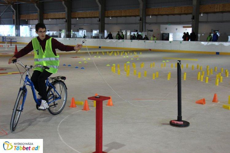 Zajlik a Kerékpáros Iskola Kupa országos döntője Nyíregyházán