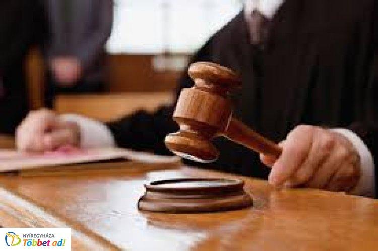 Nyíregyházi Járásbíróság – Felfüggesztett szabadságvesztésre ítélték az úszómestert
