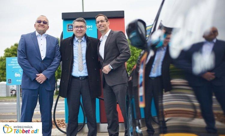 Újabb elektromos autó töltőállomásokkal gazdagodott Nyíregyháza!