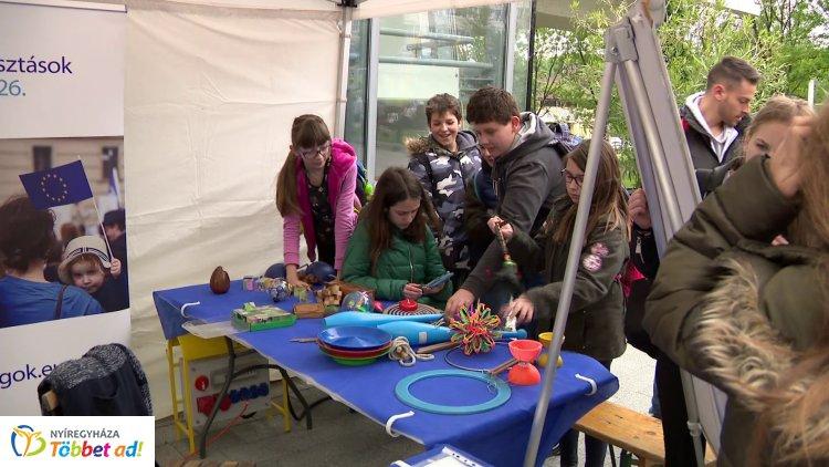 Idén is volt Európa Nap Nyíregyházán! Játékok és előadások várták az érdeklődőket