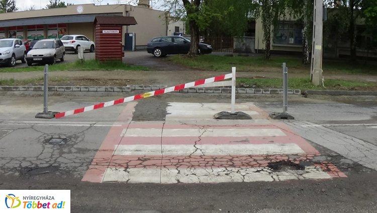 Forgalomkorlátozás! – Útfelújítási munkákat végeznek a Dugonics és a Legyező utcákon