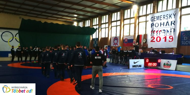 Rimaszombaton a birkózók - nemzetközi tornán vett részt a Nyírsport SE