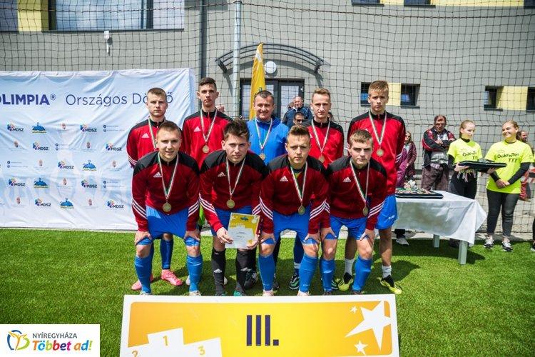 Bronzérmes a Vasvári focicsapata - Szombathelyen rendezték a diákolimpiai döntőt