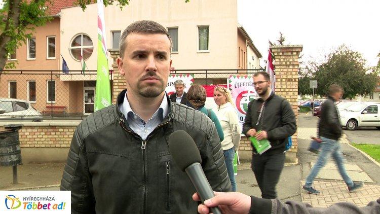 Az EP választással kapcsolatosan tartott ma sajtótájékoztatót Jakab Péter