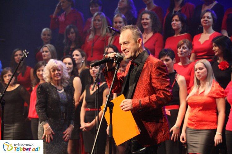 """A versvilágrekorder, Lutter Imre Nyíregyházán próbál – """"A ZIG Singers újabb koncertje is egy bravúr"""""""