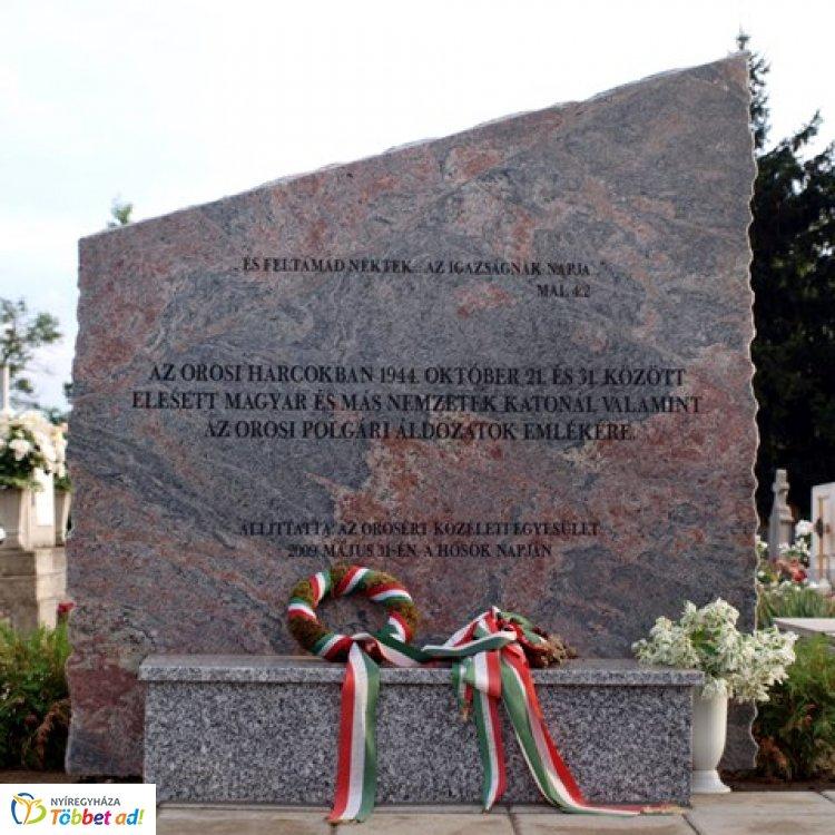 Az orosi harcokban elhunyt katonákra és polgári áldozatokra emlékeznek