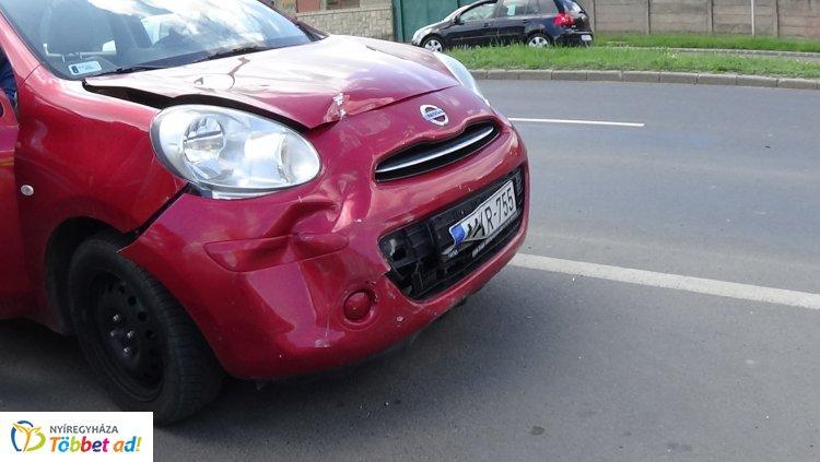 Ráfutásos baleset történt péntek délután a Váci Mihály utcán