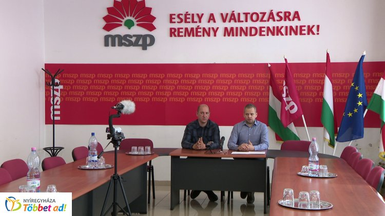 Haza-Szeretet-Európa címmel tartott sajtótájékoztatót Jeszenszki András és Aranyos Gábor