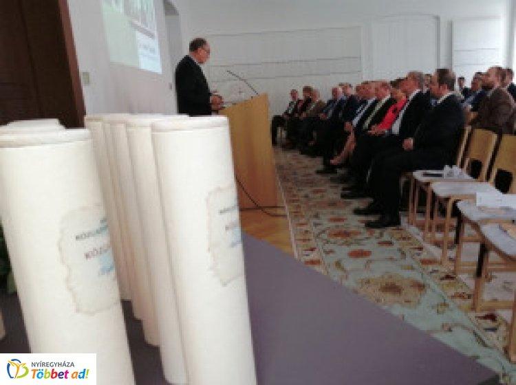 Nyíregyházi kitüntetettek a Magyar Közgazdasági Társaság megalapításának 125. évfordulóján