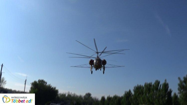Folytatódik az irtás – Helikopterről ritkítják a szúnyogokat Nyíregyházán