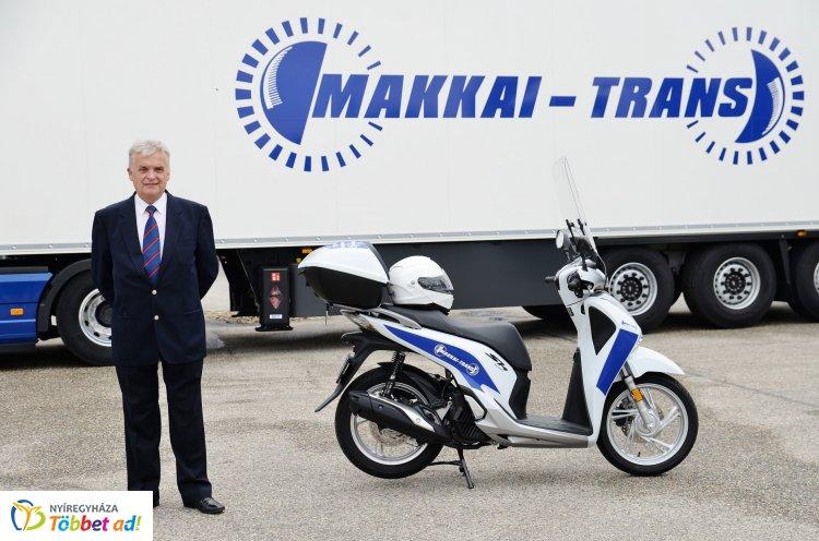 Új járművet kapott Nyíregyháza MJV városgondnoka, Bordás Béla