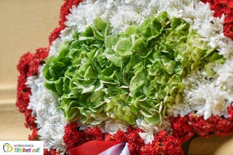 Nemzeti Összetartozás Napja - ünnepi megemlékezés a Hősök terén