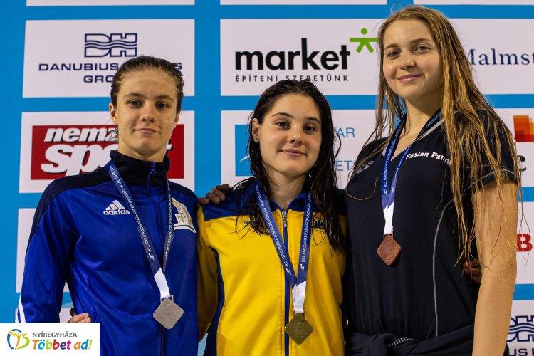 Hatházi Dóra ezüstéremmel kezdte az úszók Ifúsági Országos Bajnokságát
