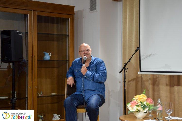 Pusiban nem lehet csalódni – Puskás Tivadar Volt a Bencs Villa vendége