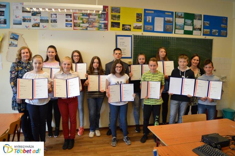 Gyereknyelvvizsga a Kertvárosban - A tanulók fele 100%-on teljesített