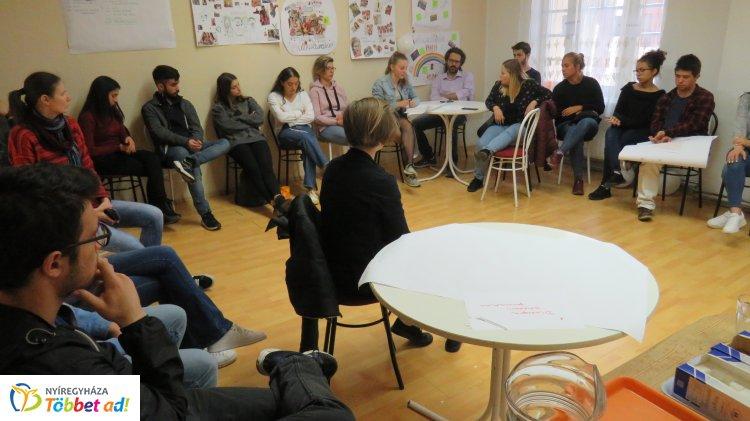 Előítéletesség ellen a Mustárházban – Ifjúsági csereprogram valósult meg Nyíregyházán