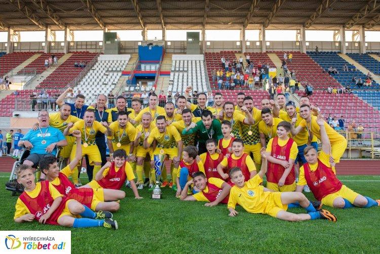 Megyei Magyar Kupa döntő a Városi Stadionban - az Ibrány nyerte a finálét
