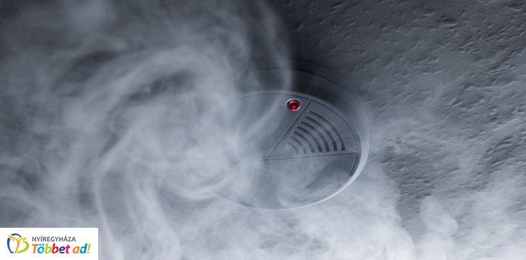 Semmelweis utcai társasházban mentett életet a szén-monoxid érzékelő – A fürdőben jelzett!