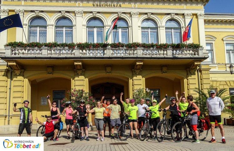 Dombokon és két keréken a Partiumban – Újabb túrára indult a Zöld Kerék Alapítvány