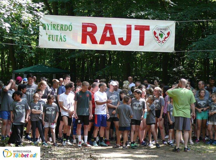 Százak futottak Pünkösdkor az erdőben – 14. alkalommal rendezték meg a programot!